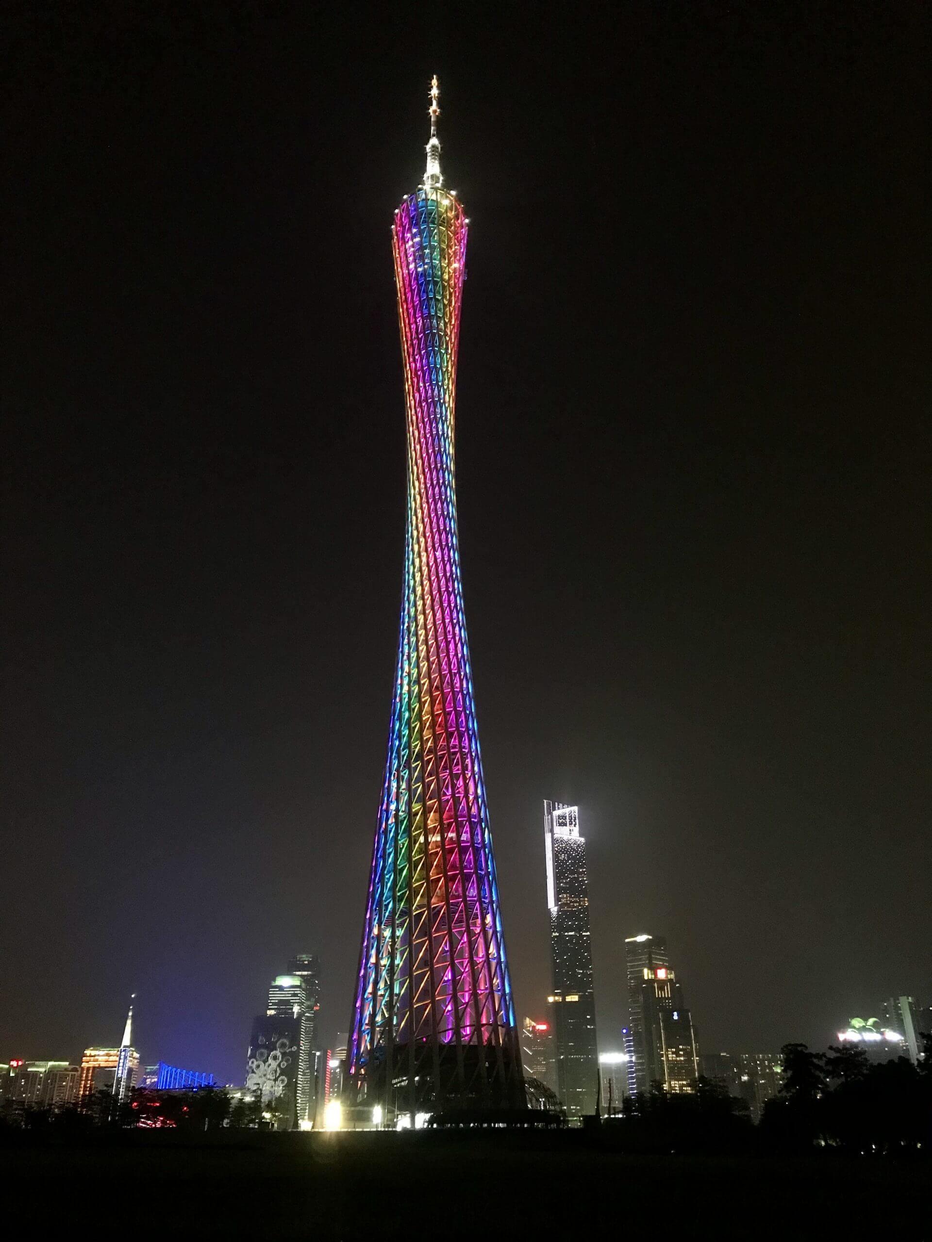 实拍的一组广州小蛮腰风景图